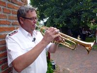 Tjark spielt Trompete