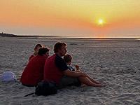 Torsten Moschner mit Familie am Strand