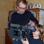 Kameramann Micha Bojanowski lässt Tammo durch den Sucher schauen