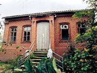 Das marode Leuchtturmwärterhaus