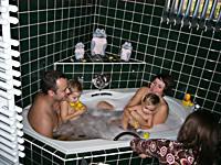 Das eigenwilligste Foto schoß Bianca Schoebel in der Badewanne