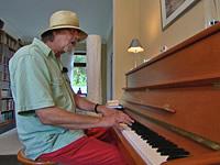 Paule Witzig am Klavier