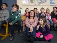Frau Schuster mit ihren Schülern in Rotenburg