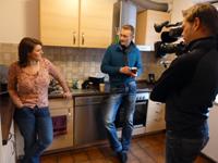 Birgit Schuster und Sven Tietzer bei den Dreharbeiten
