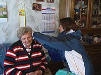 Martina Sassenberg mit Patientin