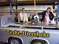 Peter Triphaus und seine Trabi-Theke