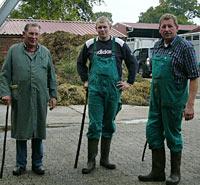 Drei Generationen von Viehhändlern (v.l.) Seniorchef Franz, Enkel Eike und Firmenchef Detlef Ferdinand